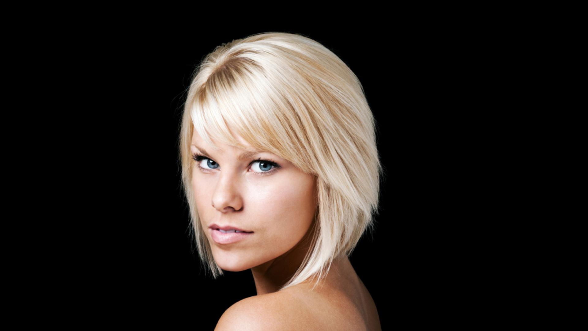 Anthony Jones Hair Salons Hair Style Selection 1058